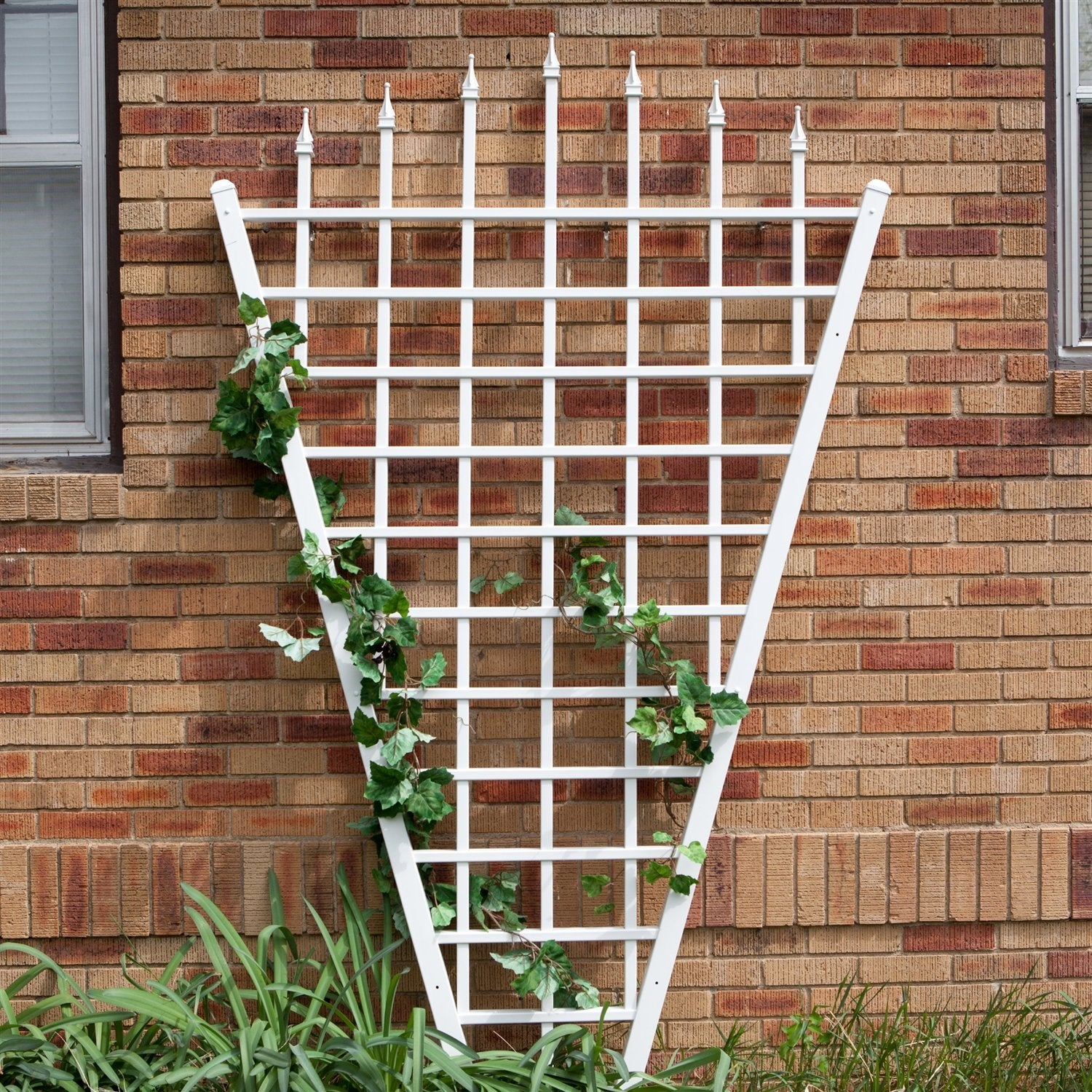 7.75 Ft Fan Shaped Garden Trellis with Pointed Finals in White Vinyl