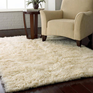 4-ft x 6-ft Hand Woven Wool Flokati Area Rug in Natural Color