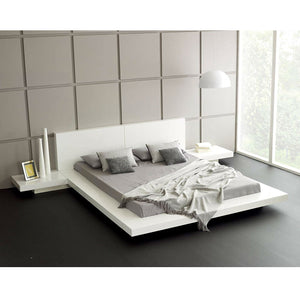 King Modern Platform Bed with Headboard and 2 Nightstand in Glossy White