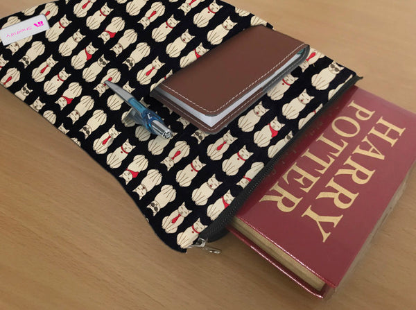 Cat lover Book Sleeve - 100% Cotton Fabric