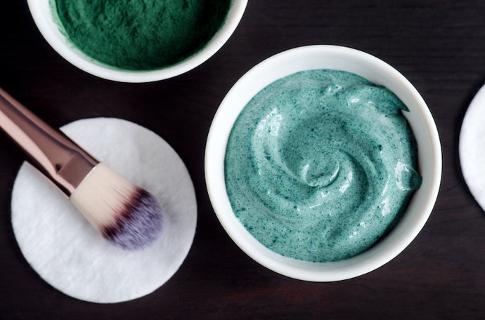 Homemade Spirulina & Honey Beauty Mask
