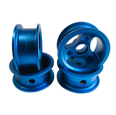 CNC milled Bergmeister hubs in shiny blue for the 150mm Bergmeister all-terrain wheel