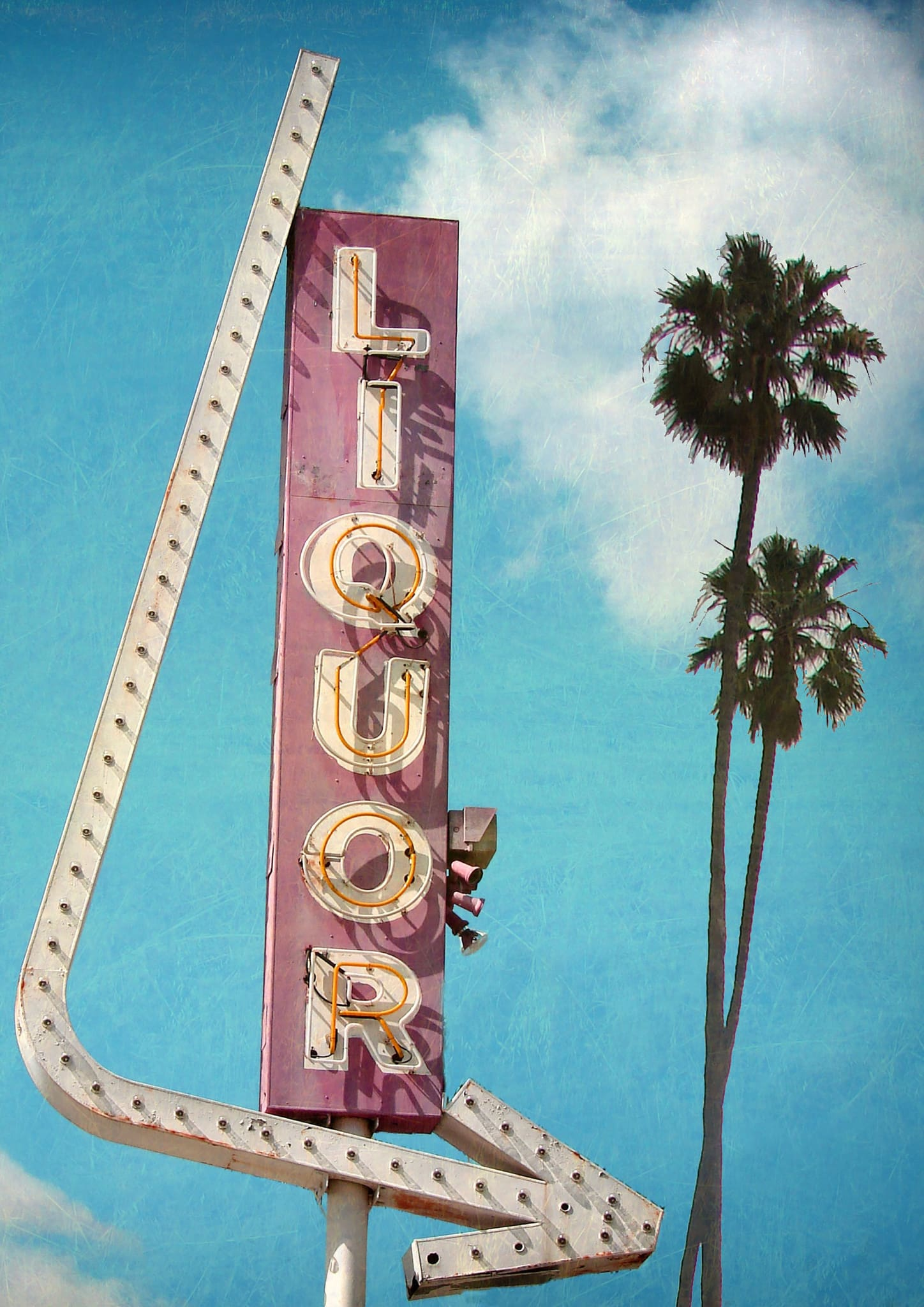 LIQUOR - HONEYMOON HOTEL