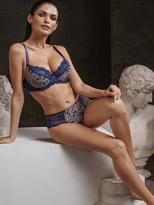 Lauma, Blue Half Padded Bra, On Model Front, 08H40