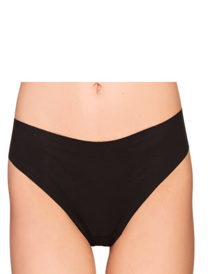 Lauma, Black Seamless String Panties, On Model Front, 29F60