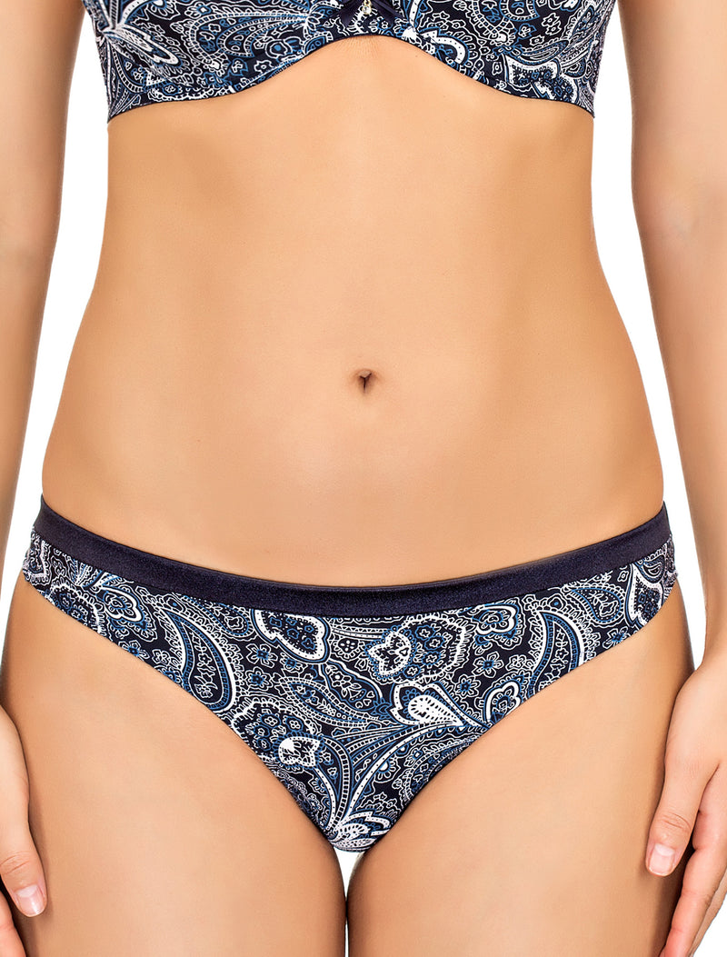 Lauma, Blue String Panties, On Model Front, 33F61