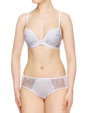 Lauma, White Moulded Push-up Bra, On Model Front, 34J35