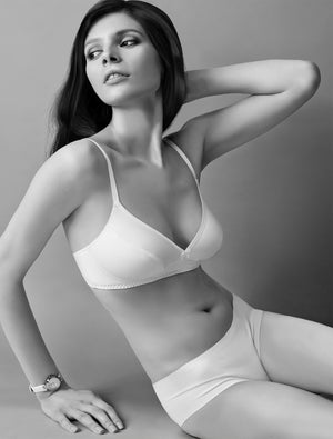 Lauma, White Wireless Cotton Soft-cup Bra, On Model Front, 38C22