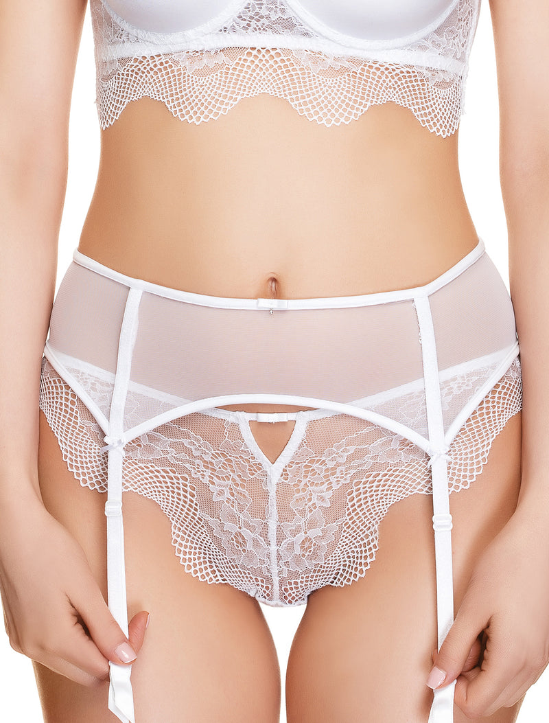 Lauma, White Suspender Belt, On Model Front, 42H05