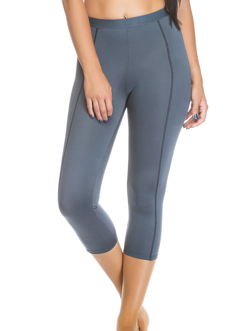 Lauma, Grey Sports Capri, On Model Front, 46D53