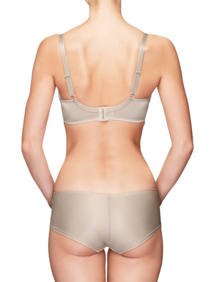 Lauma, Nude Underwired Padded Bra, On Model Back 50H40