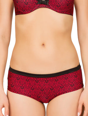 Lauma, Red Shorts Panties, On Model Front, 51G71