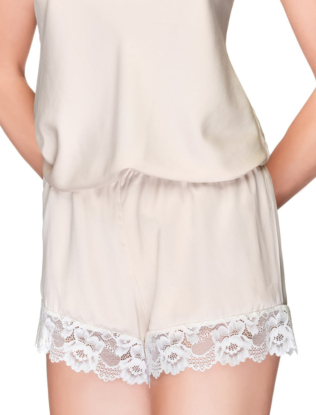 Lauma, Ivory Pyjama Shorts, On Model Front, 65H71