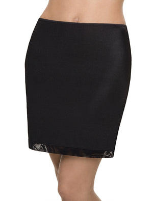 Lauma, Black Underskirt, On Model Front. 75402