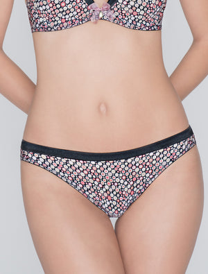 Lauma, Multicolor Mid Waist Panties, On Model Front, 76D62