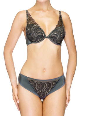 Lauma, Grey Plunge Push Up Bra, On Model Front, 95H10