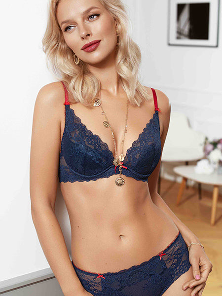 Sweetberry Lace Plunge Push-Up Bra
