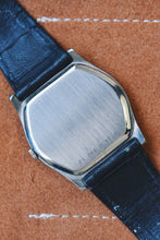 Load image into Gallery viewer, *RARE* Zenith Made Movado 17J Dress Watch