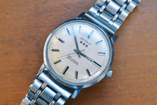 Load image into Gallery viewer, Benrus 3 Star 25 Jewel Automatic