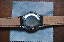 Load image into Gallery viewer, *RARE* Wittnauer Linen Dial