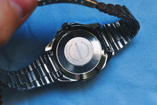 Load image into Gallery viewer, 1970's Timex Manual Wind Diver