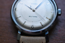 Load image into Gallery viewer, *RARE* Timex Self-Wind (Circa 1960)