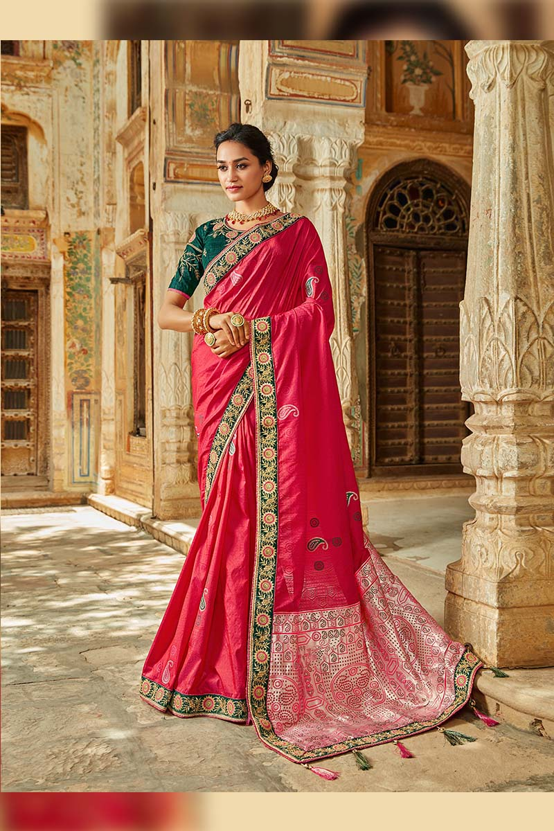 Designer Traditional Heavy Banarasi Silk Jacquard Saree In Pink Colour.