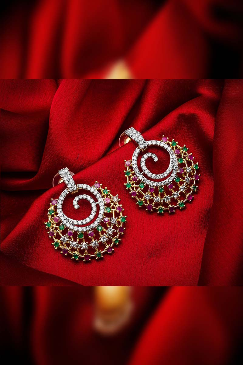 A designer pair of Earrings that will make you feel like a Diva