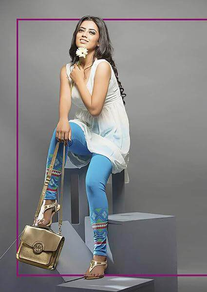 Women Stylish Print Look Leggings in Sky Blue Colour