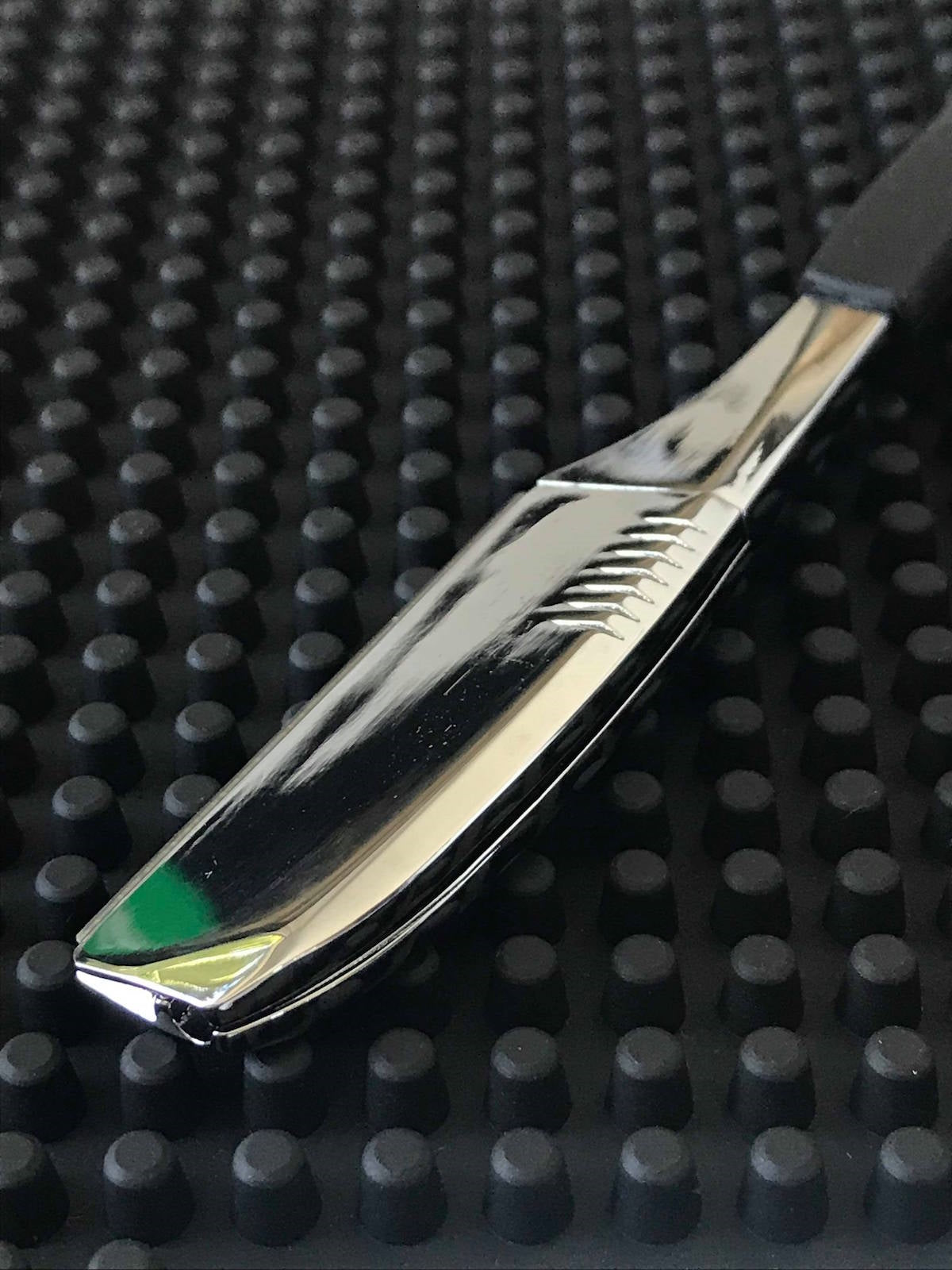 iCandy Professional Chrome & Black Shaving Razor - iCandy Scissors