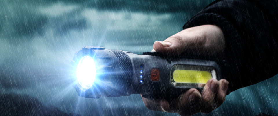 wayfinder flashlight led