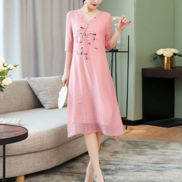 Plus Size Pink Embroidery V Neck Cheongsam Short Sleeve Midi Dress