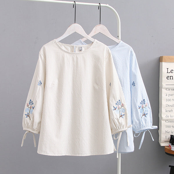 Plus Size Embroidery Stripe Mid Sleeve Blouse