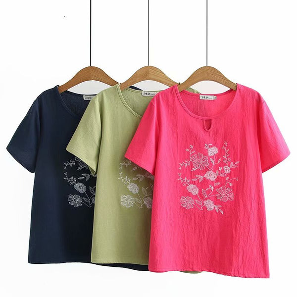 Plus Size Floral Embroidery Short Sleeve Top
