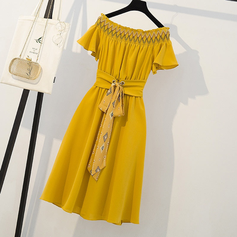 Sahar Off Shoulder Yellow Scrunch Bohemian S/S Dress