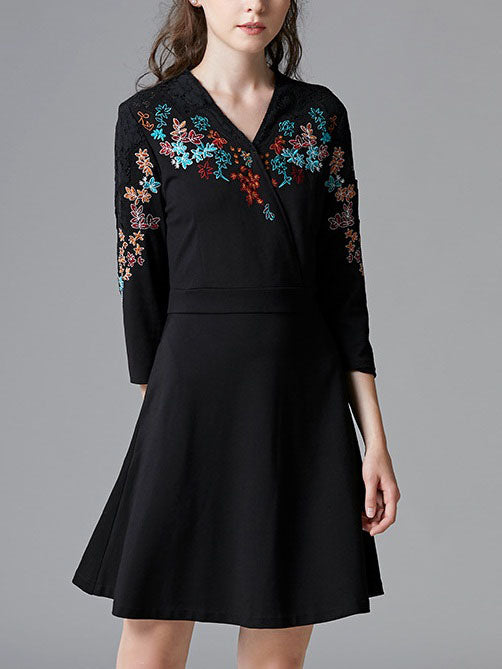 Shoshanna Black Lace V Neck Wrap Neckline Floral Embroidery Mid Sleeve Dress
