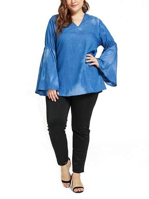 Tamatha Plus Size Denim Ombre V Neck Bell Sleeve Long Sleeve Blouse (EXTRA BIG SIZE)