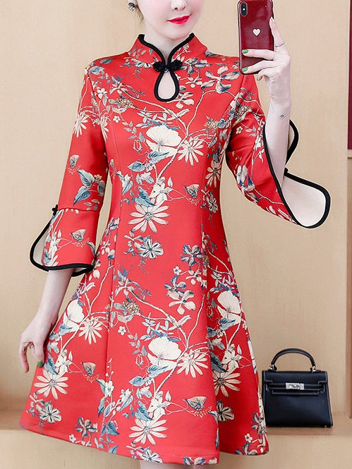 Teann Plus Size Cheongsam Red Floral Print Bell Sleeve Suede Swing Mid Sleeve Dress (Suitable For Chinese New Year, Office)