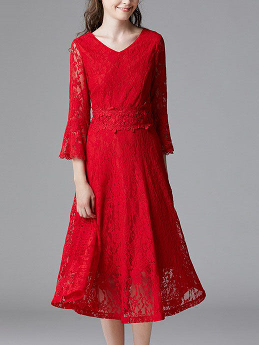 Shula Red V Neck Lace Bell Sleeve MMid Sleeve Midi Dress