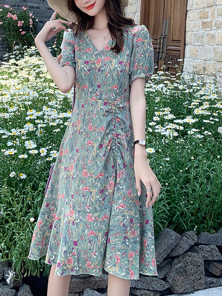 Libbie Plus Size Korean Scrunched Floral Dress