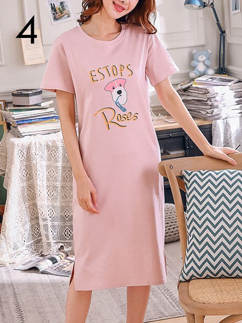 (M - 3XL) Plus Size Pyjamas Dress Cartoon Print Cute Short Sleeve Midi Dress with Pockets and Side Slit