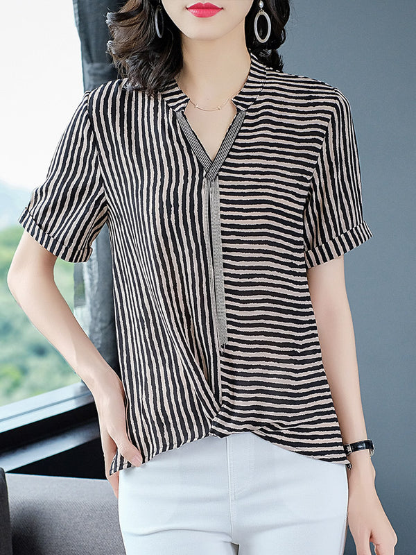 Plus Size V Neck Chain Stripe Chiffon Gathered Hem Short Sleeve Blouse (Red, Black) (EXTRA BIG SIZE)