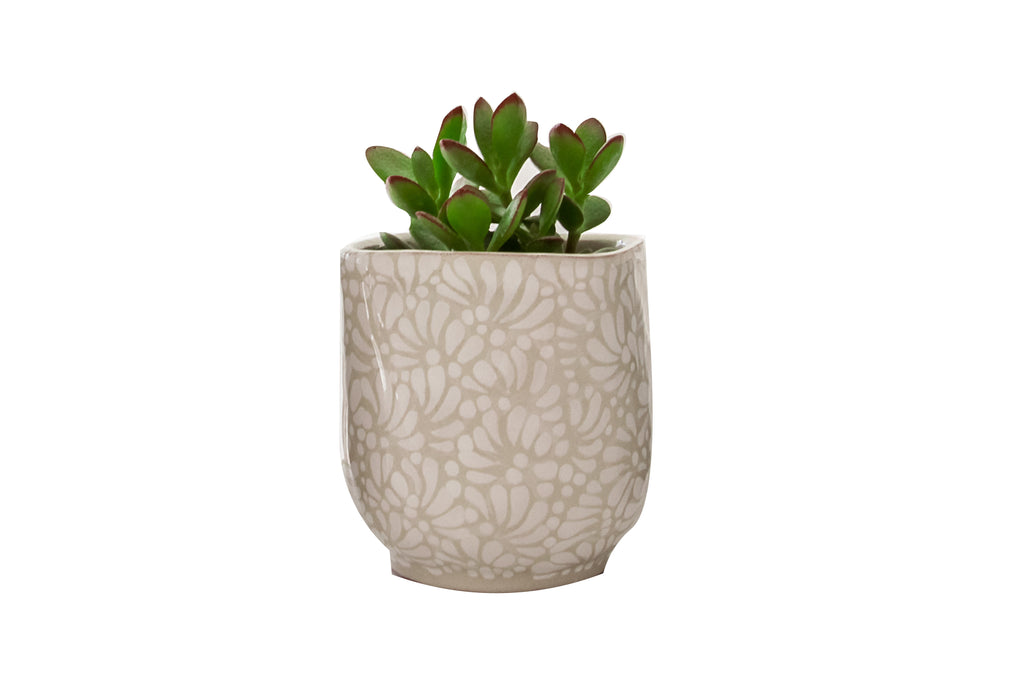 DECORATIVE IVORY POT