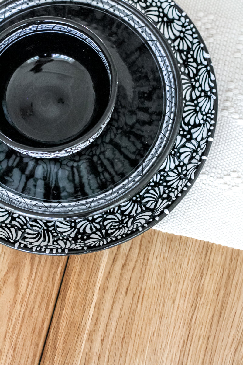 COLLECTION NEGRA TABLEWARE