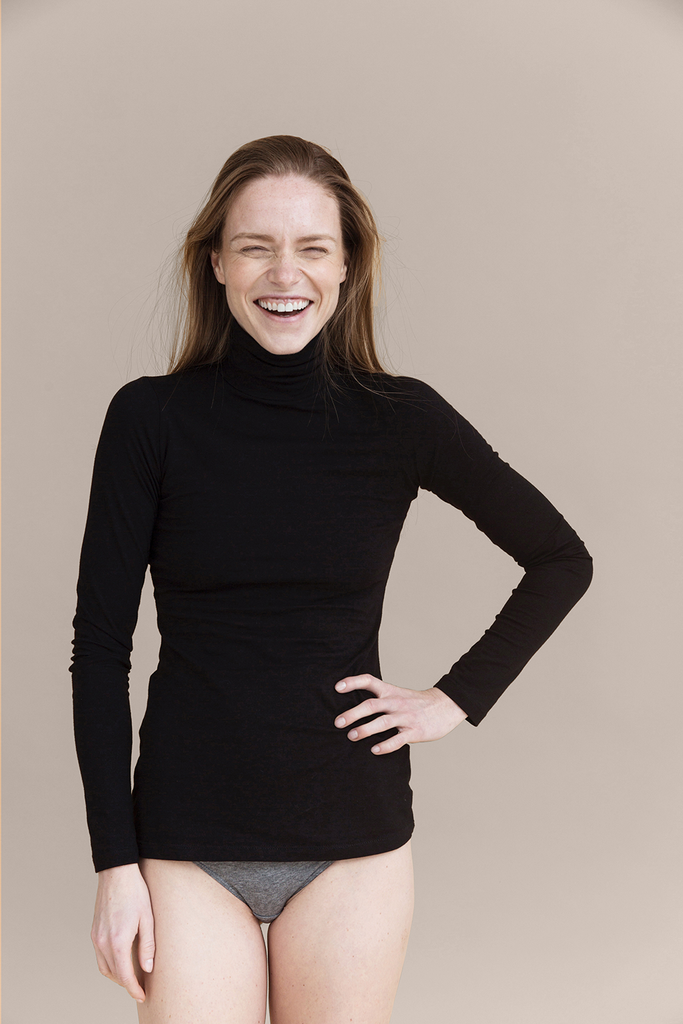 01/07 Organic Cotton Blouse in Black