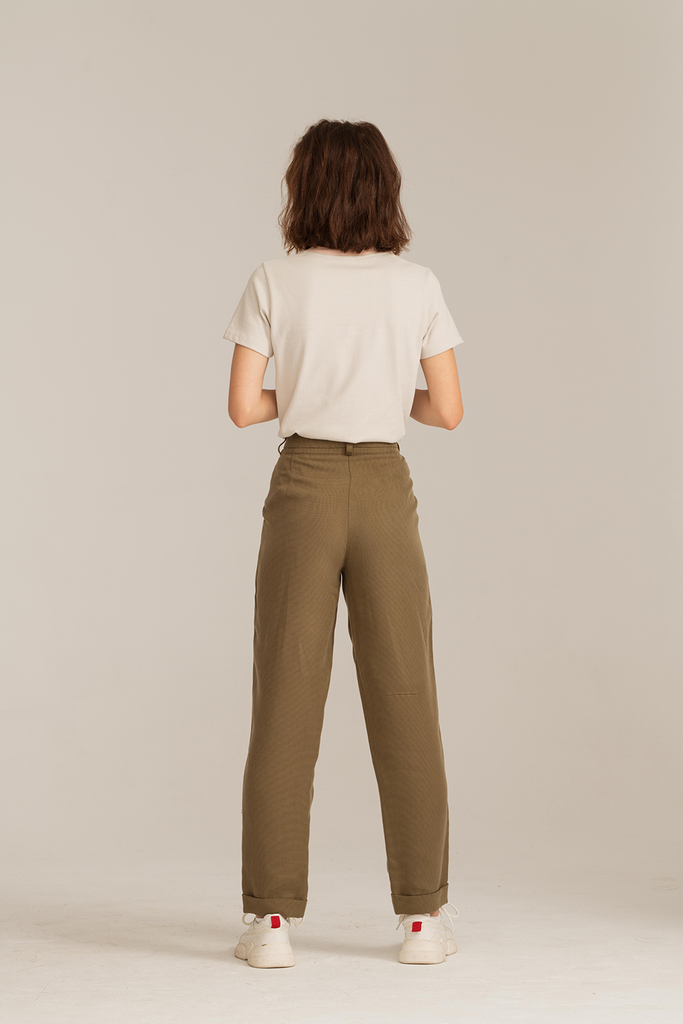 05/09 Natural TENCEL™ Lyocell Trousers in Olive