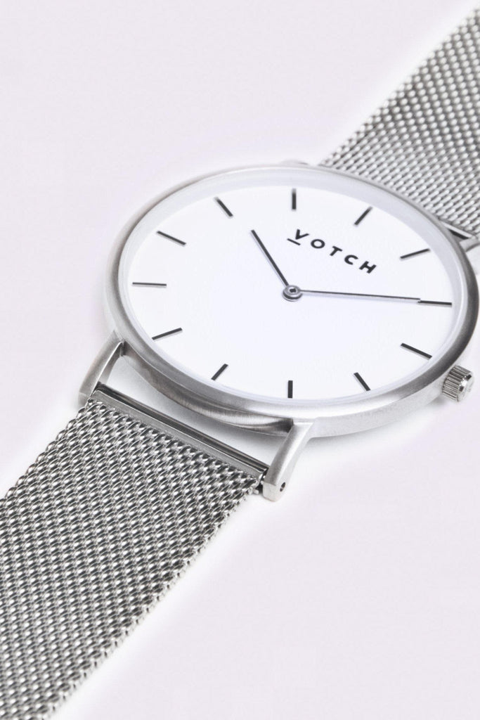 Mesh Stainless Steel Watch in White, Silver, Silver Strap