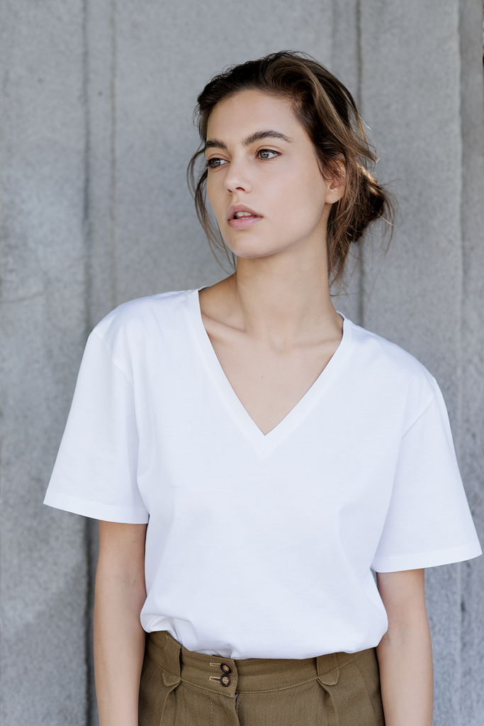 Unisex Organic Cotton V-neck T-shirt in White
