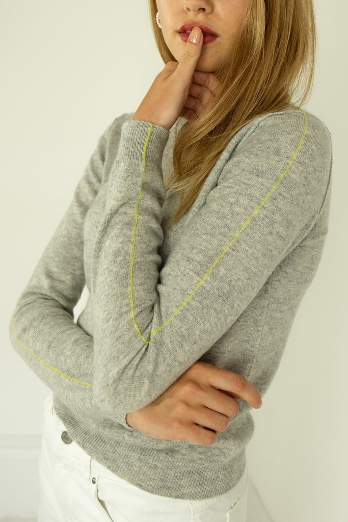 The Eva Handmade Cashmere Sweater in Gray