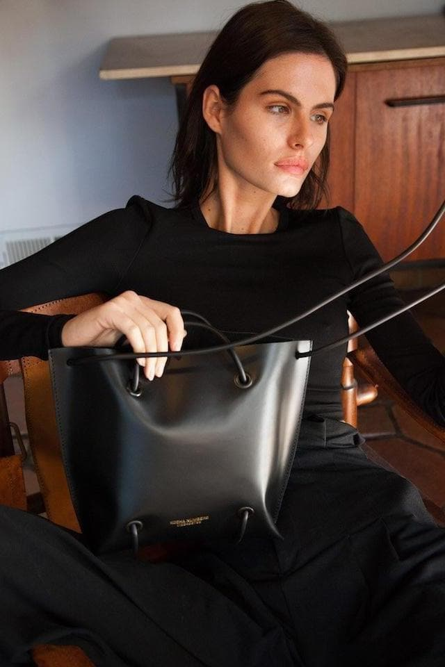 The Large Utility Ethical Leather Handbag in Black